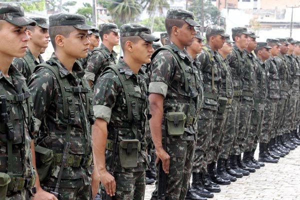 Militares saíram ontem de Natal rumo aos 87 municípios do Rio Grande do Norte que pediram proteção especial para as eleições