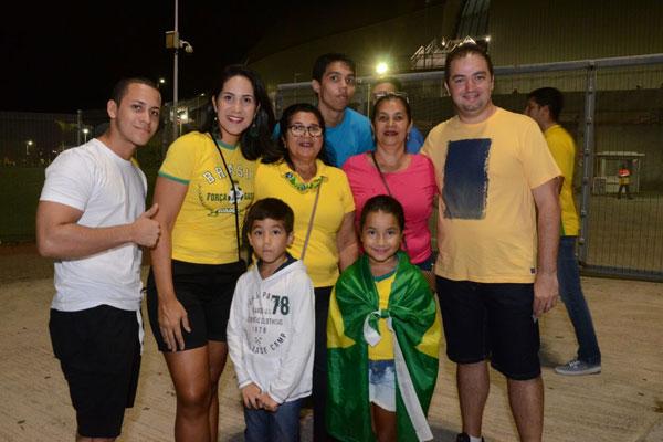 Robson Bezerra e família