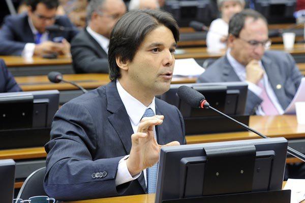 Felipe Maia deve reunir hoje a bancada e representantes das universidade, governo e prefeitura