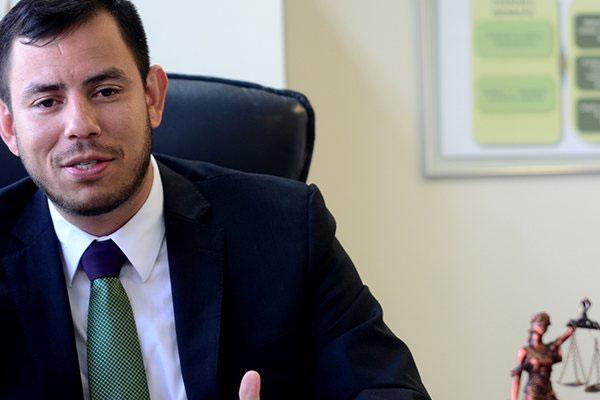 Anderson Leandro afirma que entregar o cargo com pendências podem implicar em penalidades