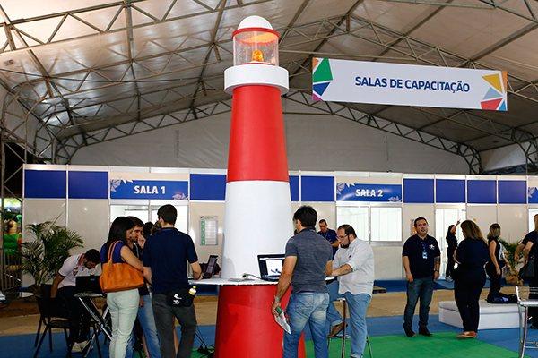 A Feira do Empreendedor termina hoje na Ilha de Sant'Ana