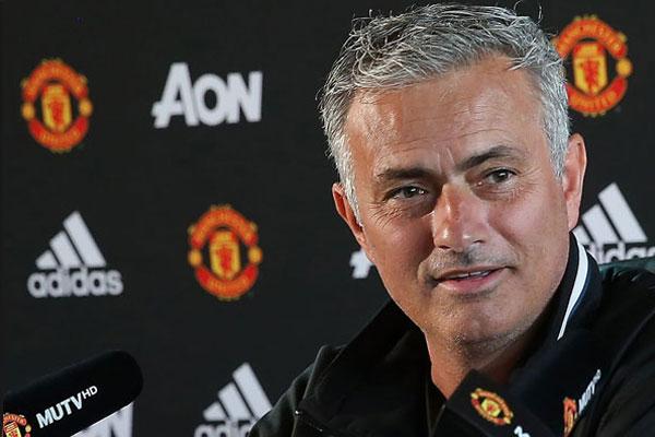 Mourinho Diz Esperar Retorno De Ibrahimovic Ao Manchester