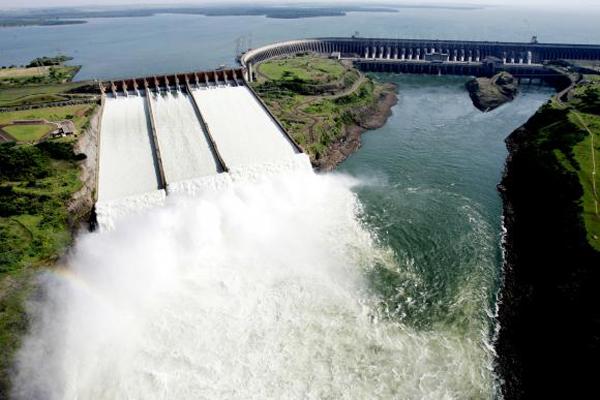 Itaipu quebrou o próprio recorde  de geração de energia elétrica