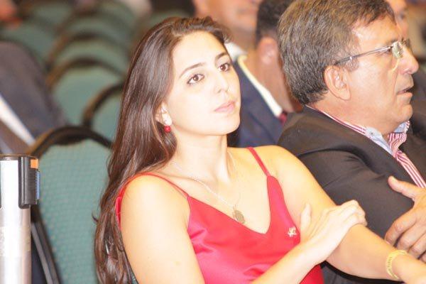 Natalia Bonavides, cotada para concorrer