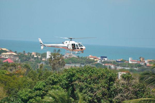 Helicóptero Potiguar 1 sobrevoa o presidio