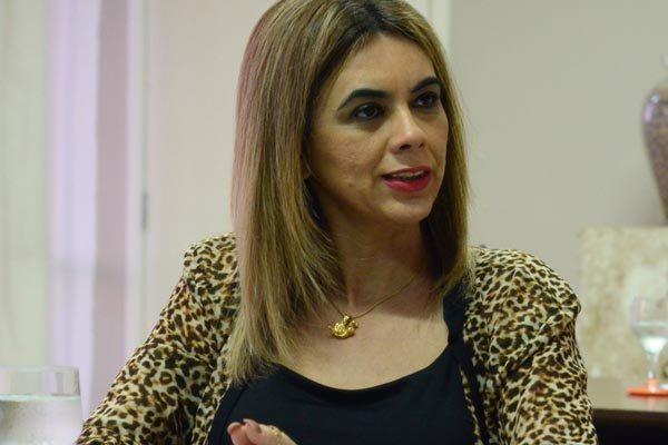 Cláudia Santa Rosa se reúne hoje às 11h com diretores do Sinte