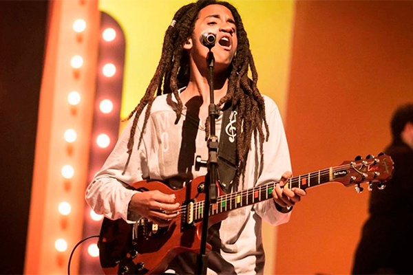 O potiguar Marlon Onassis desponta com talento da nova geração do reggae