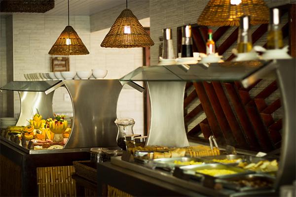 Restaurante Canguleiro tem buffet para almoço e jantar