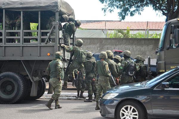 Fuzileiros navais fazem revista em mais presídio do RN