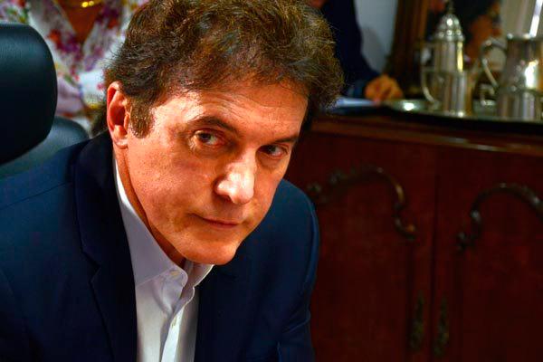 Robinson afirma que ofício atesta posição contra a privatização