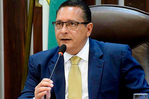 Ezequiel Ferreira de Souza convocou nova sessão para a próxima terça-feira (16)