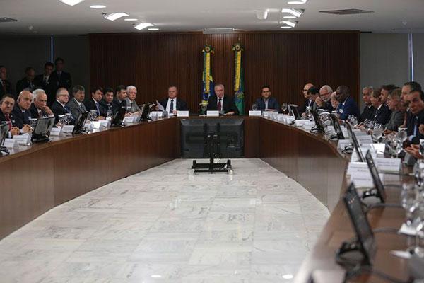 Temer se reúne com embaixadores de países importadores de carne