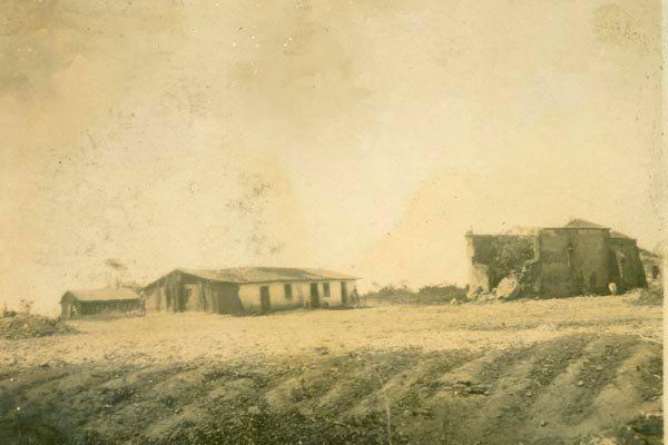 Uma das imagens de ruínas do Engenho Cunhaú integram acervo da mostra