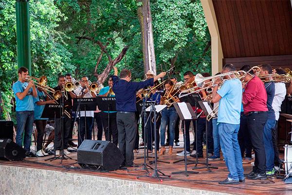 Coral de Trombones, formado por músicos da UFRN, abre a programação do festival, no Parque das Dunas
