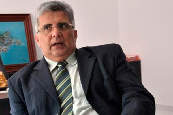 Carlos Castim vai analisar os argumentos da decisão da Câmara do TCE