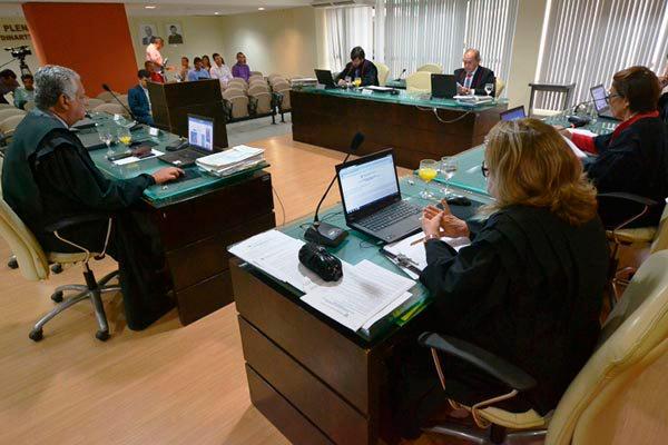 Conselheiros da Primeira Câmara negam provimento ao agravo que foi impetrado pela Procuradoria do Município