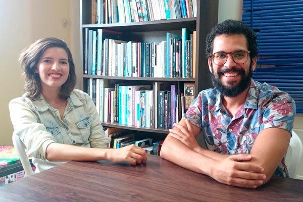 Heloísa Souza e Diogo Spinelli iniciaram suas carreiras no teatro e agora integram portal de crítica