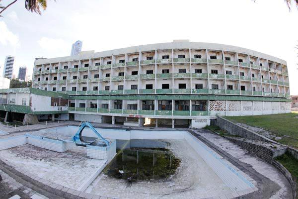 Em janeiro, a Justiça Federal autorizou o Município a conceder licença para a demolição do prédio
