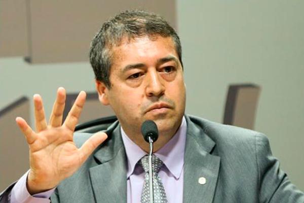 """Nogueira, ministro: """"Há diminuição no ritmo do desemprego"""""""