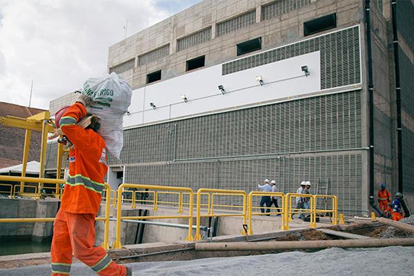 Serviços no Eixo Norte do projeto de transposição devem ser retomados na próxima semana
