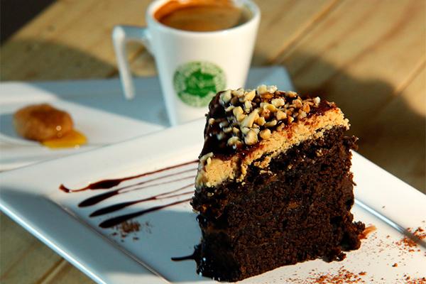 Torta Brownie: sabor sem lactose e sem glúten são especialidades do Fitneza