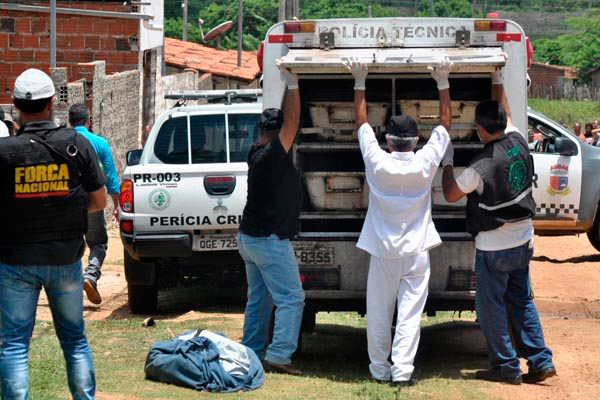 No início de março, a Secretaria da Segurança Pública do RN (Sesed) e o governador Robinson Faria afirmaram que o principal motivo para o aumento no número de mortes foi o acirramento na disputa entre facções criminosas que comandam o tráfico de drogas