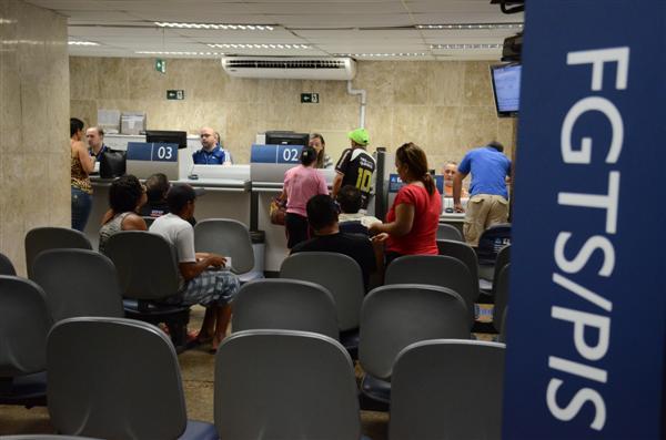 Caixa suspende crédito com FGTS para imóvel de até R$ 950 mil