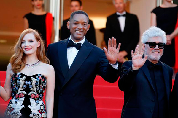 Jurados no Festival de Cannes, Jessica Chastain e Will Smith e o cineasta Pedro Almodóvar