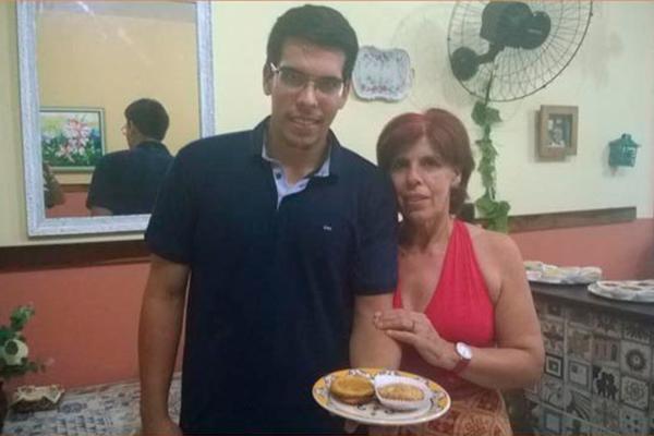 Carmem Domingues divide-se entre o Santa Maria, onde é chef, e o novo empreendimento em parceria com o filho Ricardo Filipe