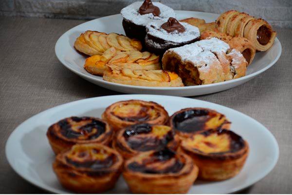 Estrudell, sonhos, pasteis de nata, torta de maçã e outros doces da variada confeitaria europeia