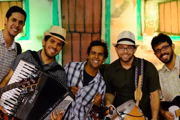 Os Gonzagas representa a nova geração que segue a matriz dos ritmos tradicionais nordestinos