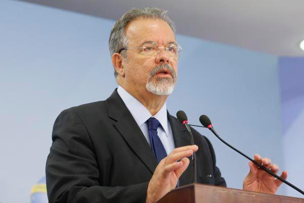 Raul Jungmann diz Brasil pode atuar em nova missão de paz