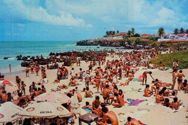 Entre as décadas de 70 e 90, a Praia dos Artistas reunia os natalenses
