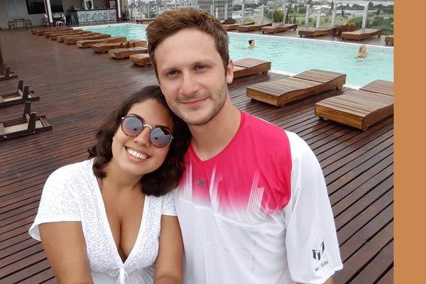 A natalense Rafaella Drumond e o argentino Franco Farías devem boa parte de seus sete anos de relacionamento à internet