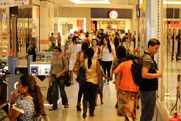 Shopping em Natal: Lojas com previsão de abertura no segundo semestre recebem currículos, mas ritmo de contratações é fraco