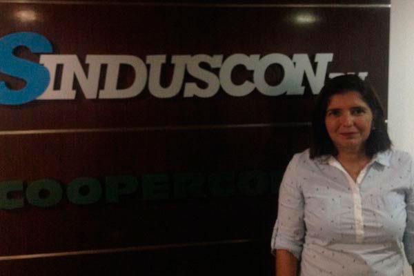 Ana Adalgisa, diretora executiva do Sinduscon