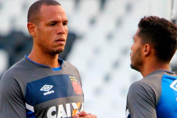 Luís Fabiano está de volta ao time