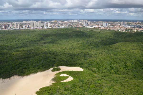 Parque das Dunas tem 1.170 hectares de Mata Atlântica preservada
