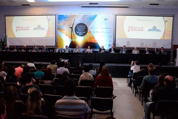 Fórum nacional sobre energia eólica reuniu diversas autoridades ontem. Encerramento será hoje