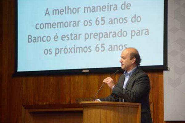 O presidente do Banco do Nordeste, Marcos Costa Holanda, analisa os impactos da atuação da instituição, prestes a completar 65 anos