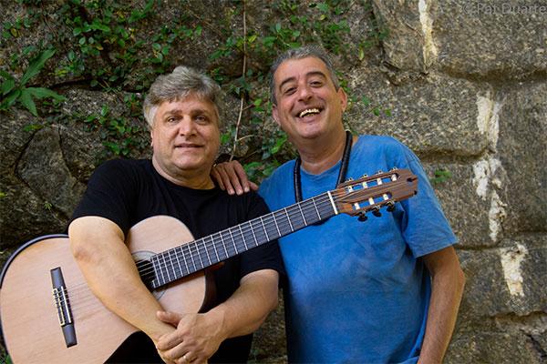 Sambistas cariocas Didu Nogueira, irmão de João Nogueira, e violonista Jorge Simas, participam de encontro com compositores potiguares no Bar da Nazaré, Zé Reeira e Terraço do Relógio