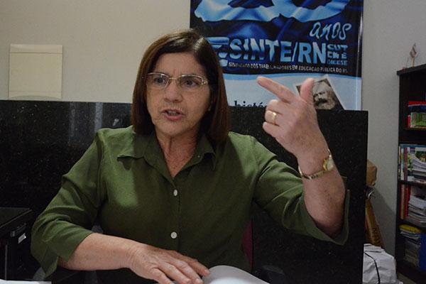 Fátima Cardoso reclamou da dificuldade em negociar com a SEEC