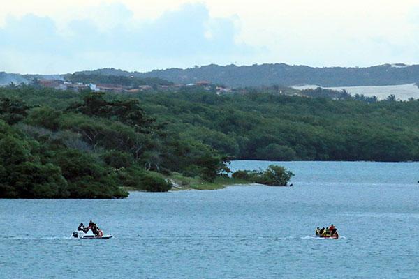 Apesar das intensas buscas no rio Potengi, ontem, o corpo de Amauri Soares não foi localizado