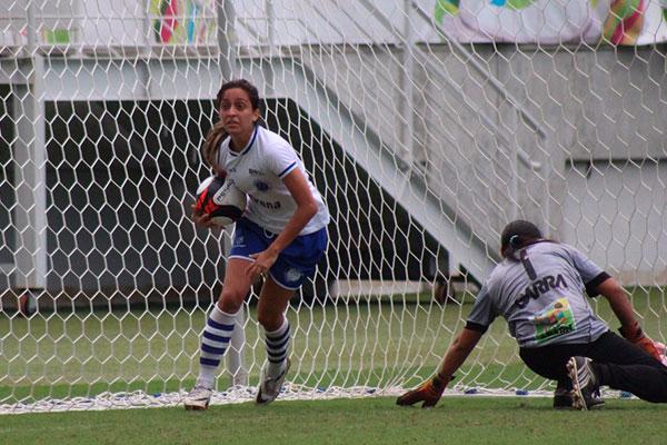 Lidiane, ponta-esquerda do Cruzeiro, foi uma das convocadas