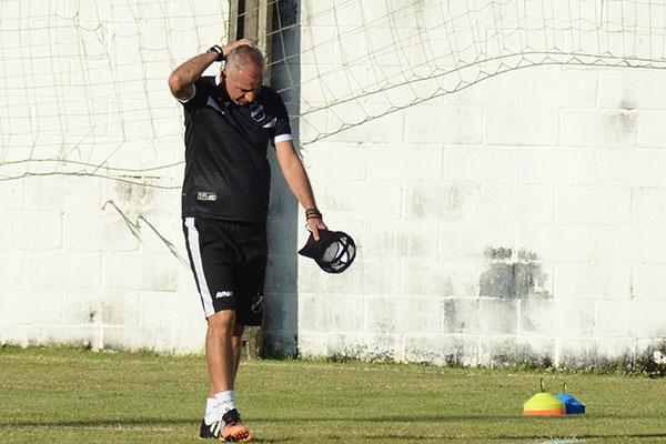 Márcio Fernandes está fora do ABC