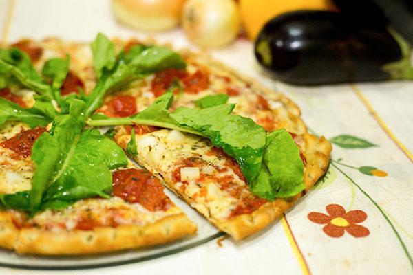 Pizza levam ingredientes comprados em hortasorgânicas ou de agricultura familiar