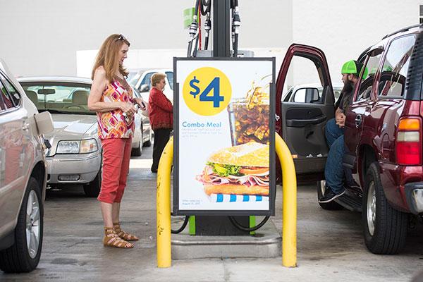 Americanos também estão pagando mais caro pela gasolina