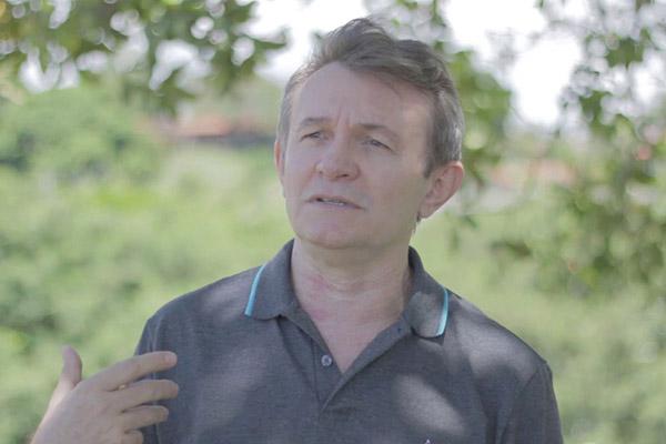 Quando uma parte da avenida Prudente de Morais tinha o apelido de pedregal, o escritor acariense Humberto Hermenegildo chegava  à Candelári