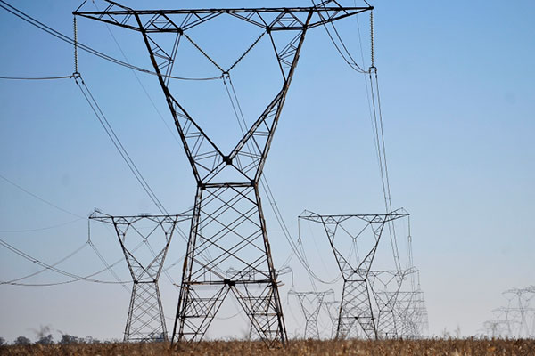 No RN, estatal tem dificuldades em ampliar linhões para escoar a energia produzida pelas eólicas