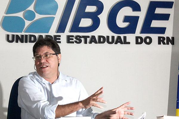 Chefe da unidade do Instituto Brasileiro de Geografia Estatística (IBGE), no RN, José Aldemir Freire, avalia que equilíbrio das contas públicas não deve ser estabelecido este ano